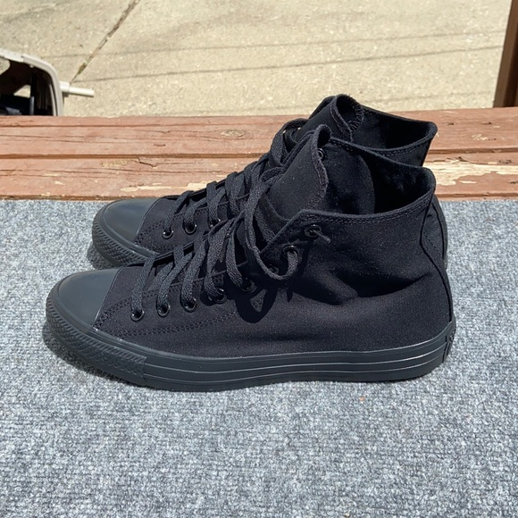CONVERSE ALL STAR black mid size